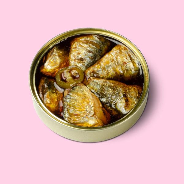 Colas sardinas escabeche